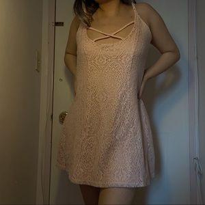 3/$10✨ pink lace mini dress